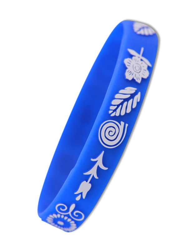 Silikonové náramky - obarvený reliéf