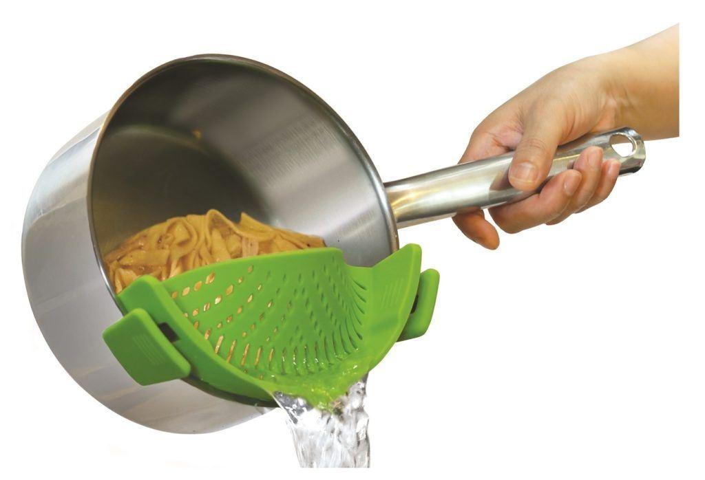 Reklamní kuchyňské pomůcky - silikonový cedník