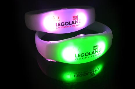 Světelné náramky inLight™