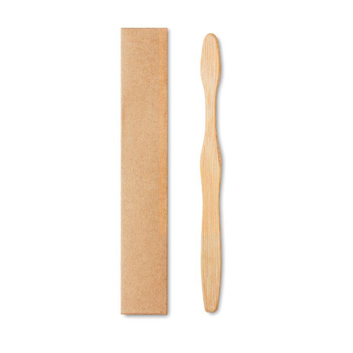 bambusový kartáček na zuby
