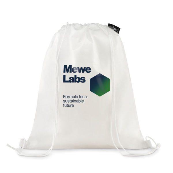 Stahovací batoh z bioplastu