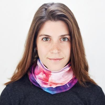 Multifunkční šátek s kapsou na roušku