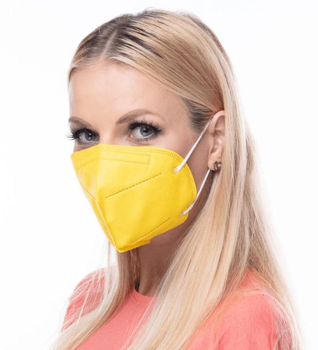žlutý respirátor FFP2 s potiskem